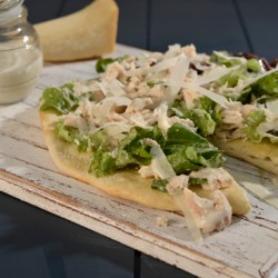 Salad-pizza