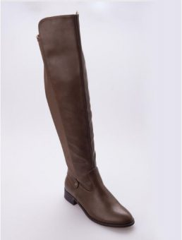 brown tall boots winter fashion