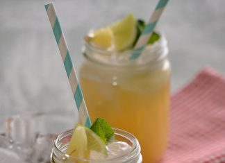 Pineapple float cocktail