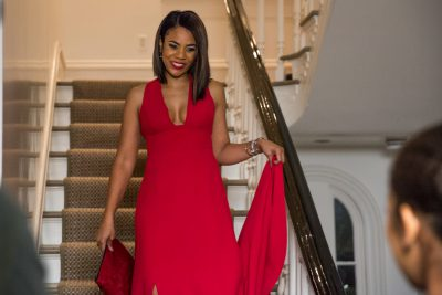 Laura Taylor (Regina Hall) is greated at the bottom of the stairs by Anna Walsh (JAZ SINCLAIR) before heading to dinner in Screen Gems' WHEN THE BOUGH BREAKS.