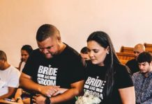 Jason Goliath ties the knot