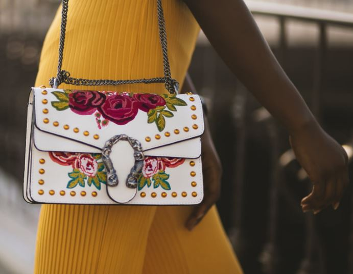 ways to take care of your favourite fashion handbags