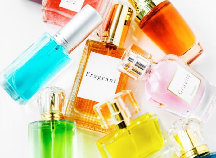 reasons you need to change your perfume for winter