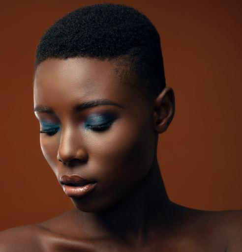steps to apply eyeshadow like a pro