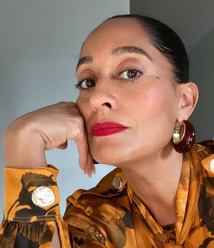 Tracee Ellis Ross shares an old school remedy for dry hands